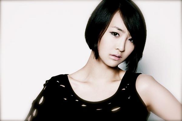 Korean singer baek jiyoung hidden cam - 3 part 10